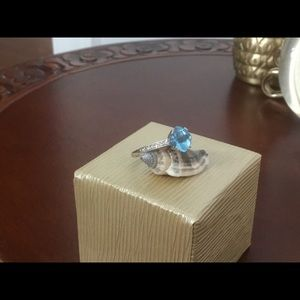 14k WG Blue Topaz and Diamond Ring Sz 7
